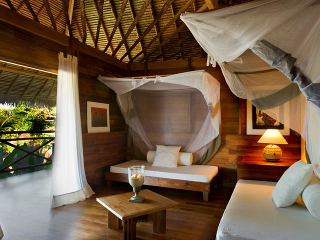 Tsara Komba Luxury Beach & Forest Lodge