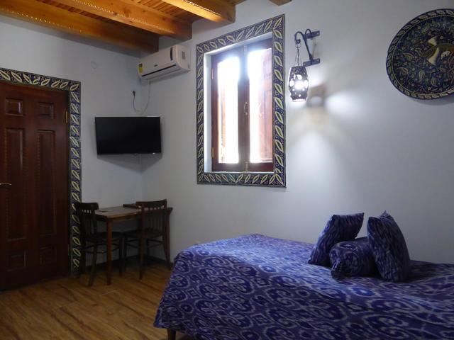 Bibi-khanym Hotel