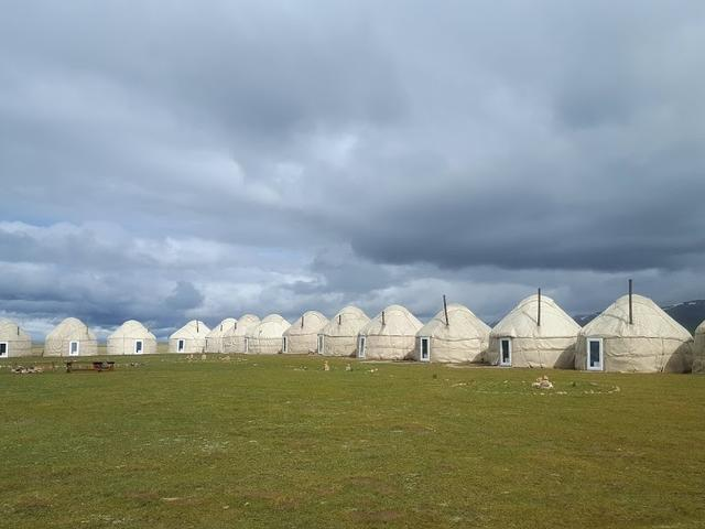 Tash Rabat Yurt Camp