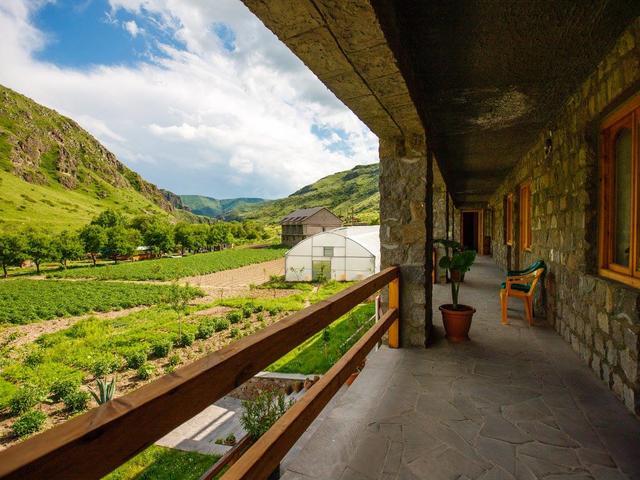 Valodia's Cottage
