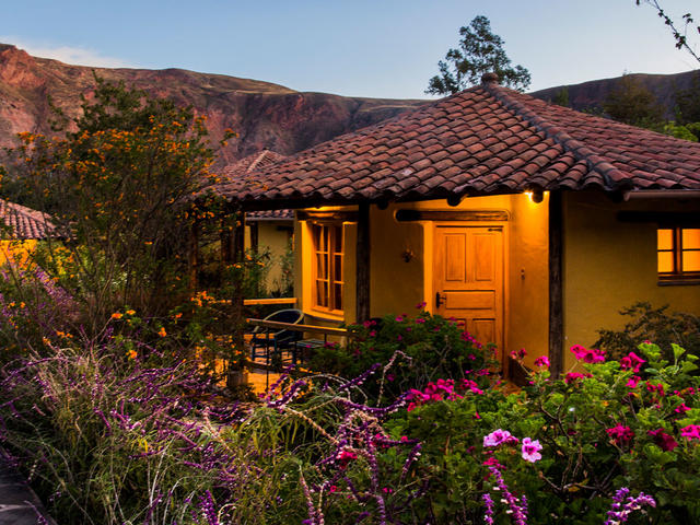 Sol y Luna Lodge and Spa