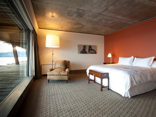The Singular Hotel