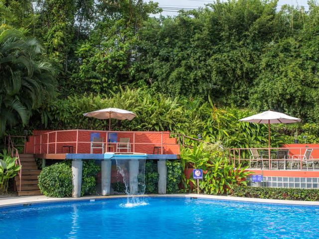 Si Como No Resort & Spa
