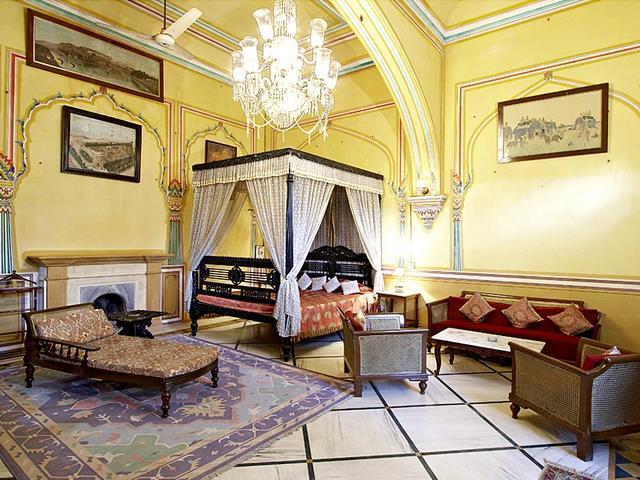 Narain Niwas Palace Hotel