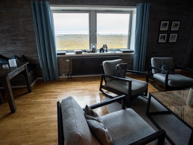 Isfjord Radio Hotel