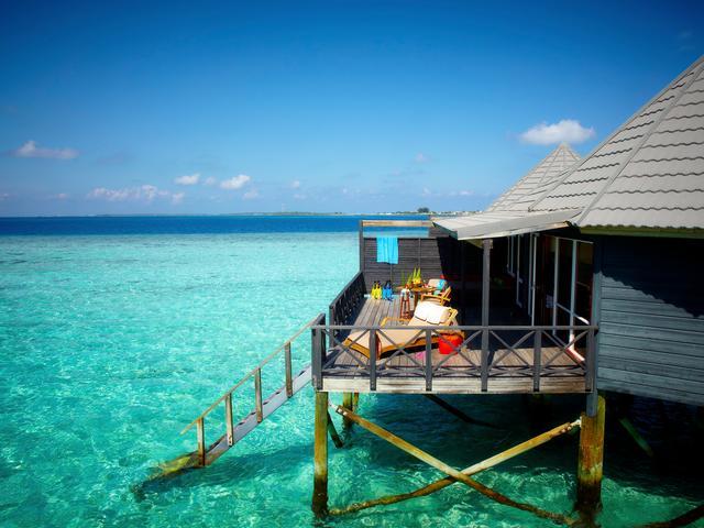 Komandoo Resort