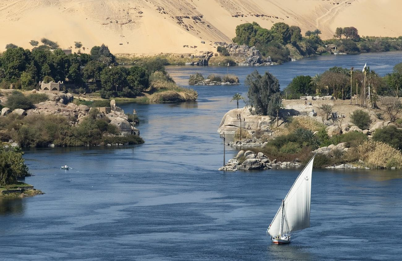 Travelling down the Nile to Aswan