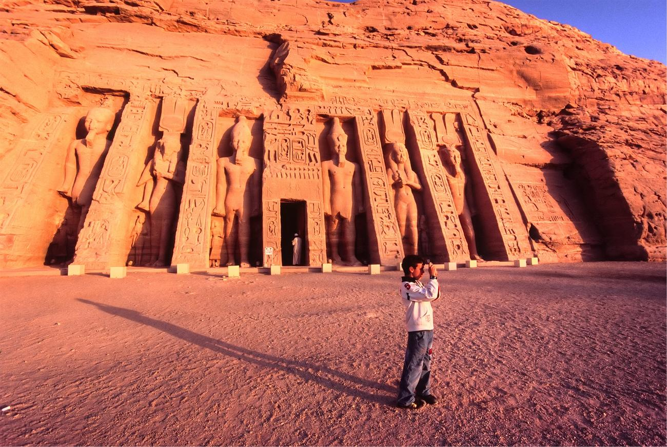 Visit Abu Simbel for get archaeological sites