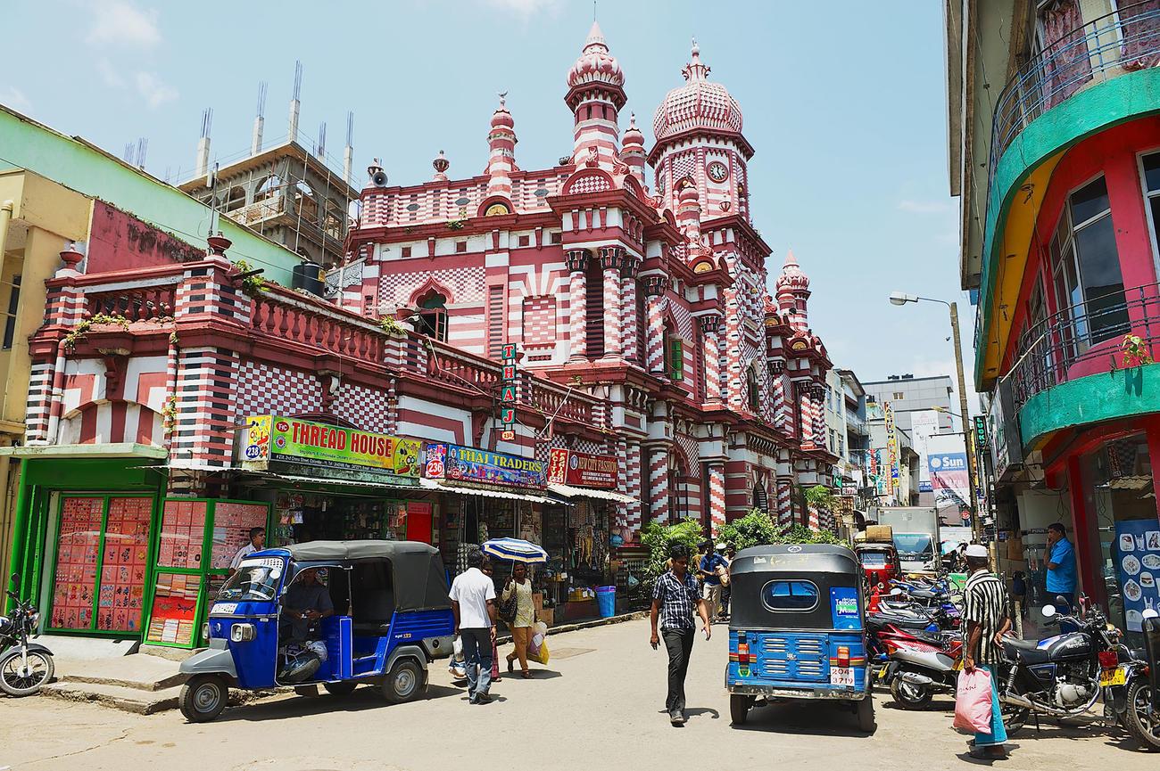 Colombo Walking Tour in Sri Lanka