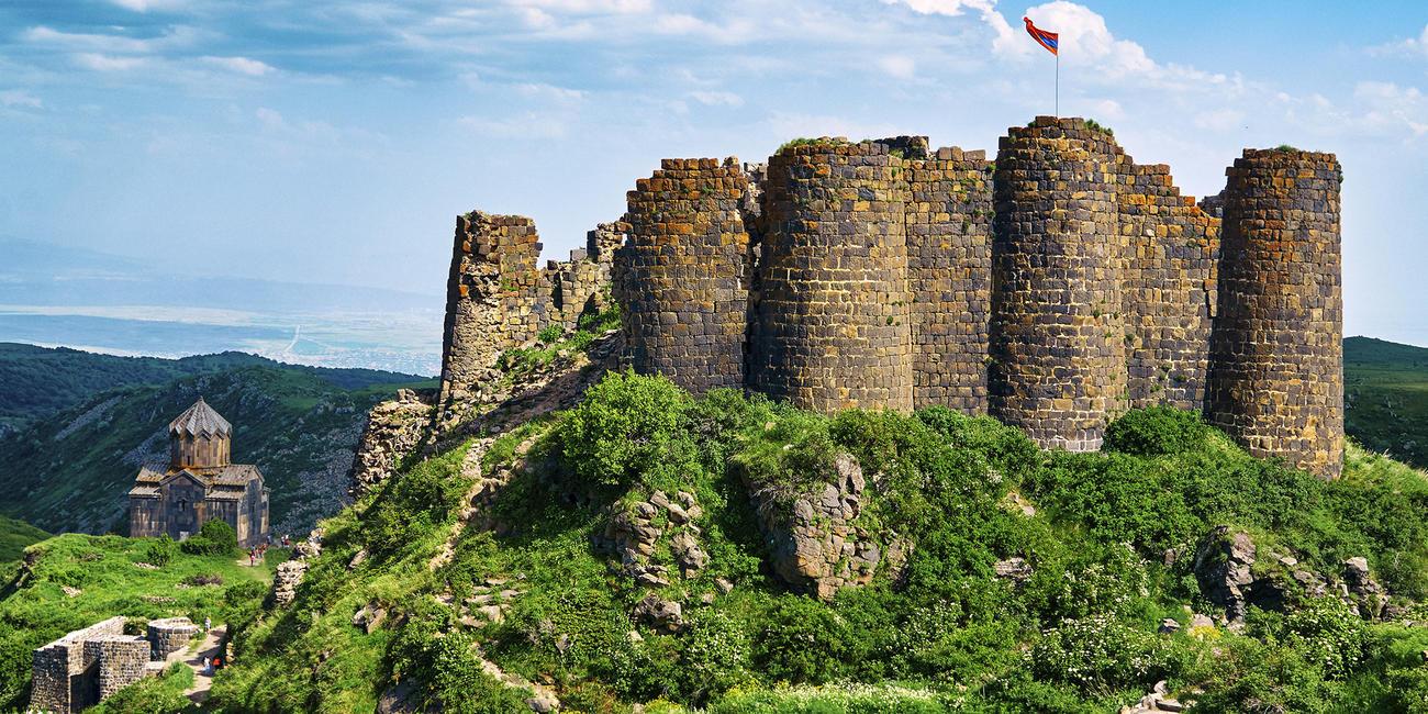 Visit Amberd Fortress in Armenia